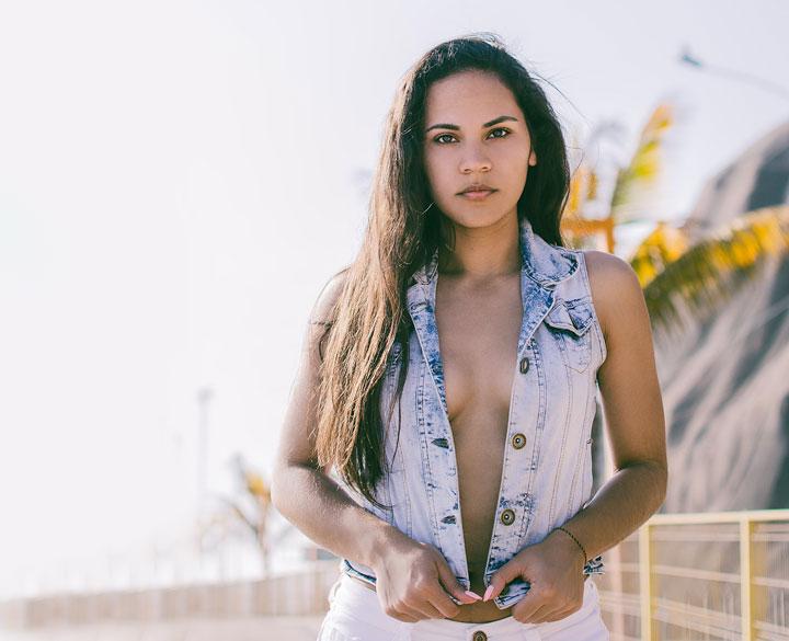 natural beauty latin girl